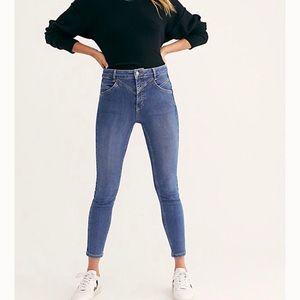NWT Free People high waisted blue jeans